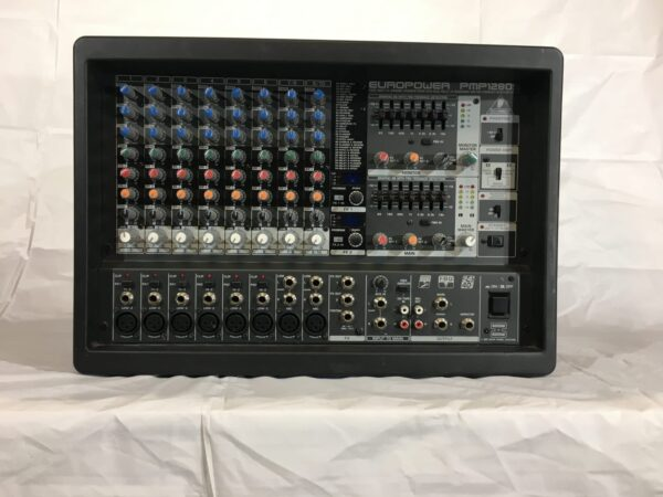 Behringer Europower PMP1280 front